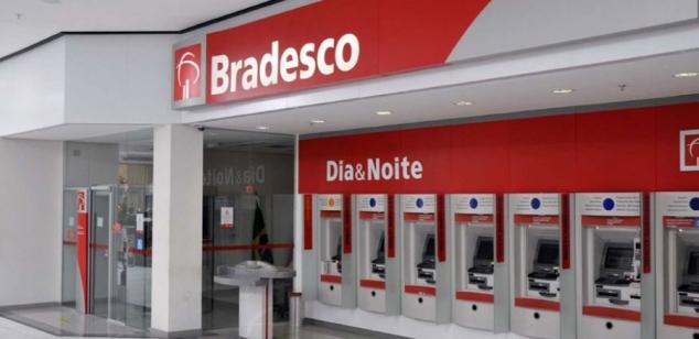 Bancário de Rio das Ostras tem contrato restabelecido por determinação da Justiça