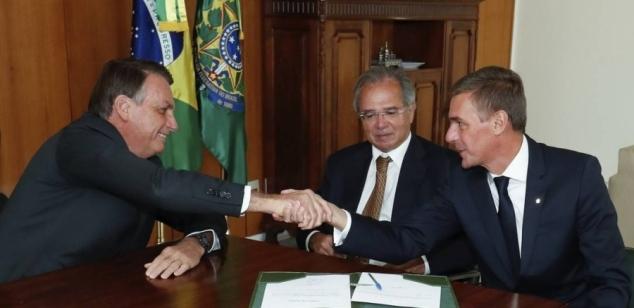 Presidente do Banco do Brasil coloca cargo à disposição de Bolsonaro